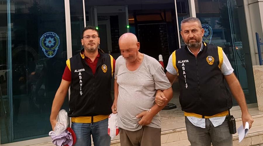 İki kişiyi dolandırmakla suçlanan 76 yaşındaki şüpheli yakalandı