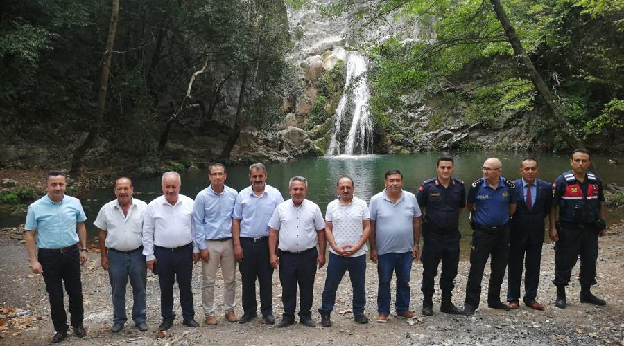 Karaöz'deki doğal güzellik; Değirmendere şelalesi
