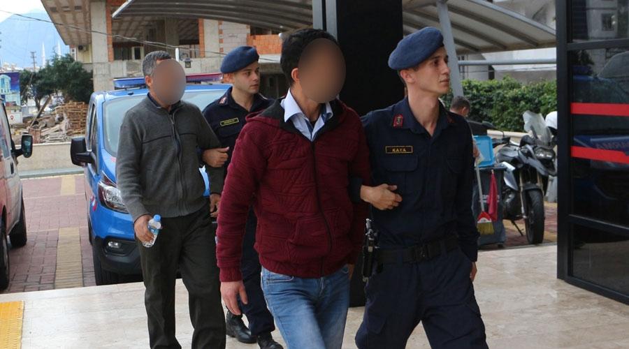 Zeytin toplayan 46 yaşındaki kadını zorla kaçırdırlar