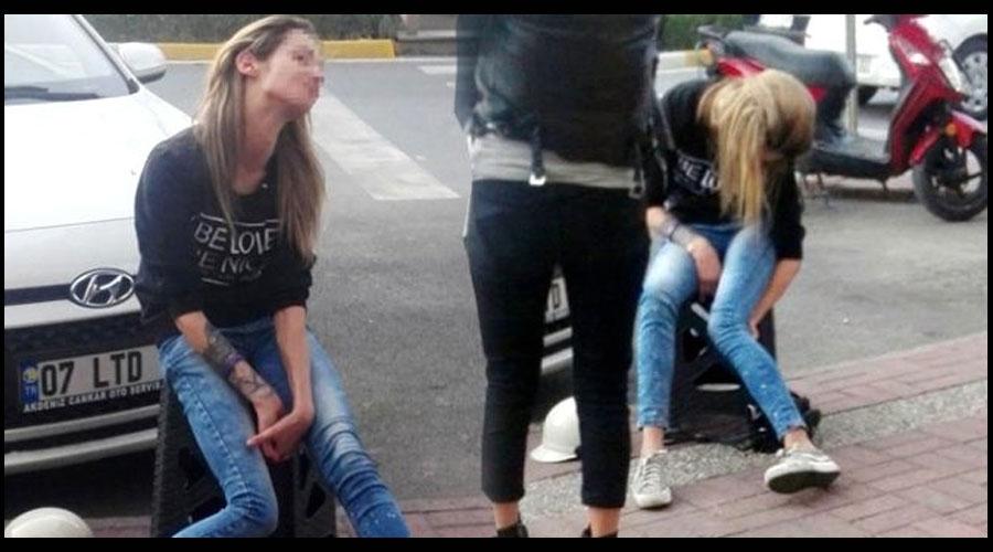 Hollandalı turisti, erkek arkadaşı yol kenarında bırakıp kaçtı
